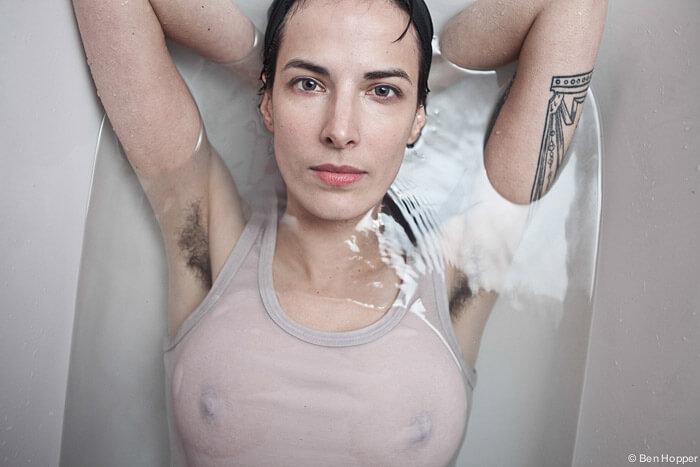 barbering under armene